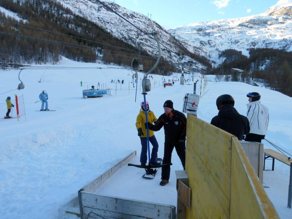 saas fee senior singles 5-stars no way - review of ferienart resort & spa  we stopped off here after a day in saas-fee and we were disappointed and surprised at how the lounge bar was .