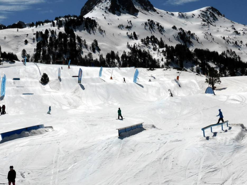 skigebiet grandvalira pas de la casa grau roig soldeu el tarter canillo encamp skifahren. Black Bedroom Furniture Sets. Home Design Ideas