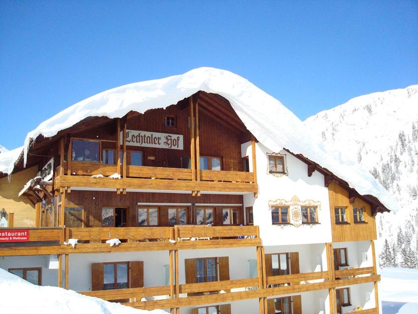 hotel lechtaler hof in warth 4 sterne hotel am arlberg startseite design bilder. Black Bedroom Furniture Sets. Home Design Ideas