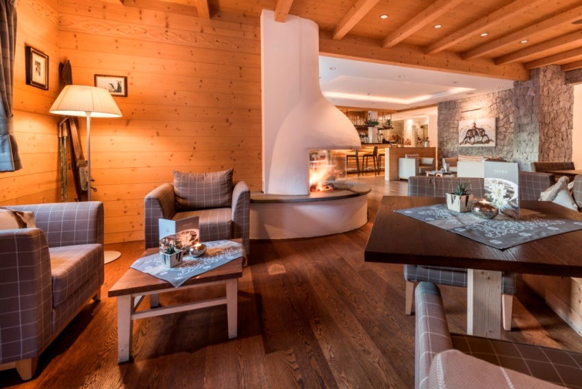 Boutique hotel nives in wolkenstein for Wellness design hotel