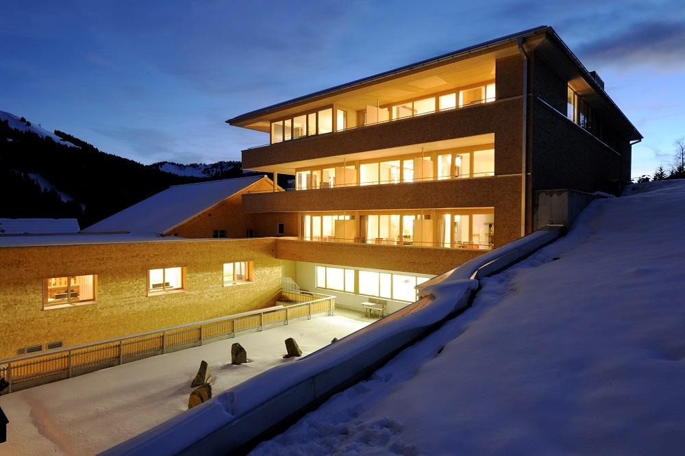 Hubertus alpin lodge spa in balderschwang for Designhotel hubertus alpin lodge spa